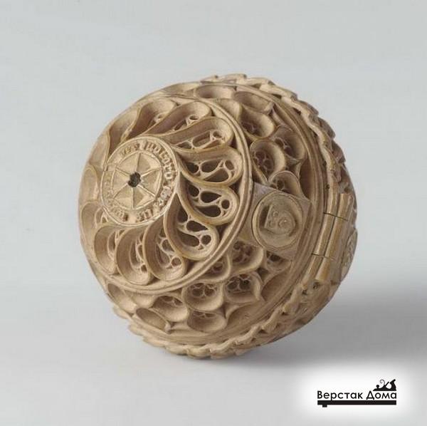 Деревянный шар
